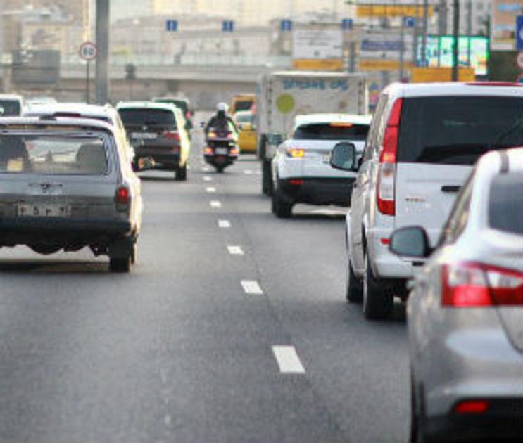 На новом участке трассы М-4 возле Лосево образовалась трехкилометровая пробка