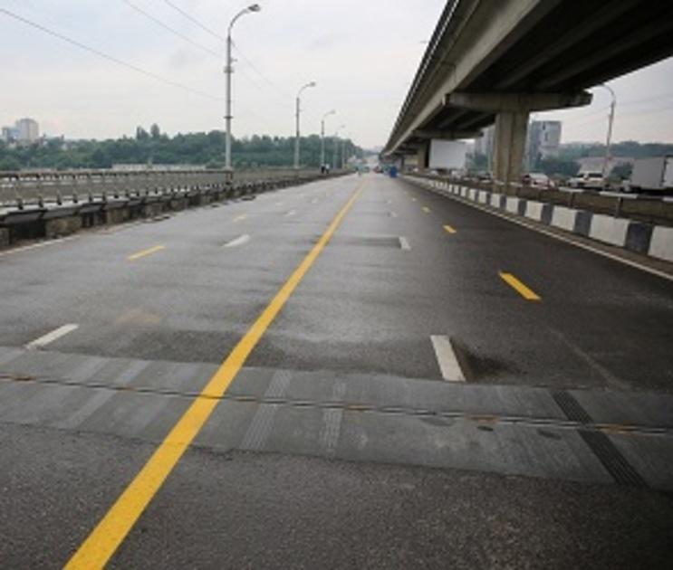 В Воронеже перекрыли движение по Северному мосту