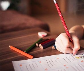 Воронежские власти отклонили половину заявлений на выплаты детям от 3 до 7 лет