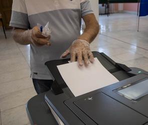 Сообщение о вбросе бюллетеней на выборах проверяют в Воронежской области