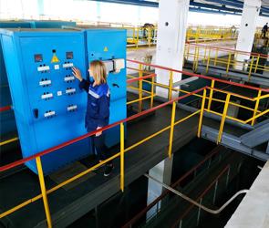 Жителям трех районов Воронежа порекомендовали запастись питьевой водой