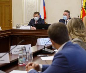 Приоритетные направления развития Воронежа обсудили с мэром депутаты облдумы