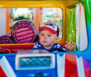 Ребенок в машине: как правильно перевозить самых юных пассажиров
