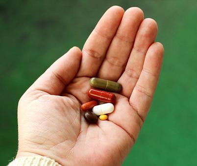 В депздраве рассказали, сколько пациентов получили лекарства от ковида бесплатно