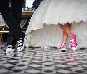 В «зеркальную» февральскую дату в Воронежской области поженятся 104 пары