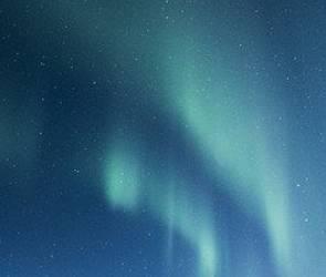После сильной метели в небе над Воронежем заметили световые столбы