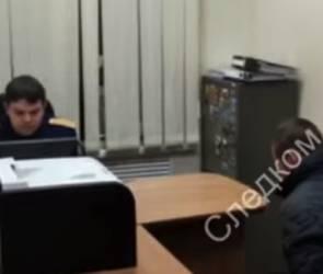 Следователи показали видео допроса обвиняемого в убийстве учительницы в Воронеже