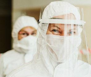 Более 3,7 тысяч воронежских медиков заразились COVID-19 на работе