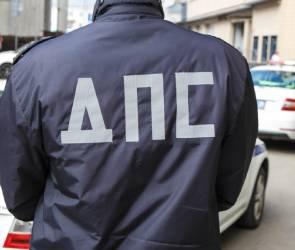 В воронежскую ГИБДД вновь нагрянули силовики