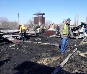 В Воронеже в доме на Еремеева завершили демонтаж сгоревшей кровли