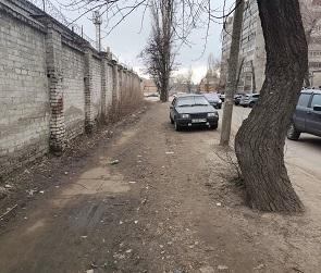 Воронежцы пожаловались на небезопасные тротуары в микрорайоне ВАИ
