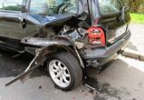 В Воронеже водитель въехал на скорости в киоск, пострадала продавщица