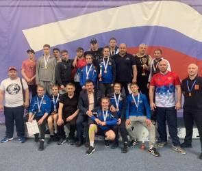 Борцы из Воронежа «уложили» на татами всех соперников и взяли 10 золотых медалей