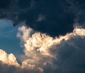 На новой рабочей неделе в Воронеже обещают грозы и дожди