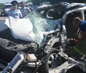 В Воронеже установили имя виновника ужасного смертельного ДТП с восемью машинами