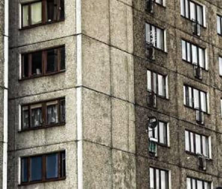 Полицейский снимал квартиру у мэрии Новосибирска в 3 раза дешевле