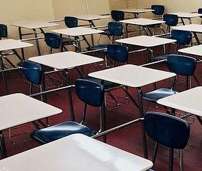 В школах и детсадах Лисок усилили безопасности после нападения на полицию