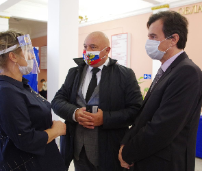 Международные эксперты посетили избирательные участки в Воронеже
