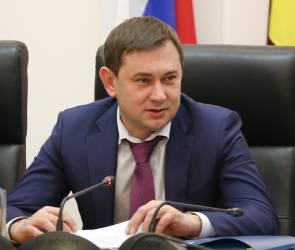 Председатель Воронежской облдумы провел прием граждан по вопросам ЖКХ