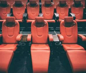 В Воронеже власти отозвали разрешение на 80% заполняемость зрительных залов