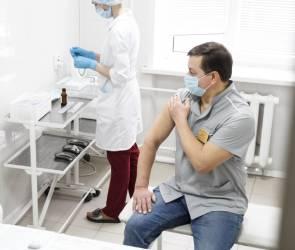 Больше 756 тысяч воронежцев привились от коронавируса
