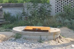 В центре Новой Усмани оставили точку сброса жидких отходов